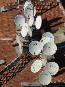 Parabolspiegel für den digitalen Fernsehempfang