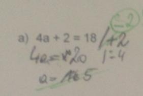 Wenn ich mir die Lösung dieser Schülerin ansehe, fällt ganz deutlich auf, dass sie keine Ahnung von Äquivalenzumformungen hat.  Aus diesem Grund habe ich die Fördermaterialien mit dem Waagemodell gewählt. Dadurch wird die Schülerin erstmals einen Plan bekommen, was bei Gleichungen gemacht werden muss um auf ein Ergebnis zu kommen.