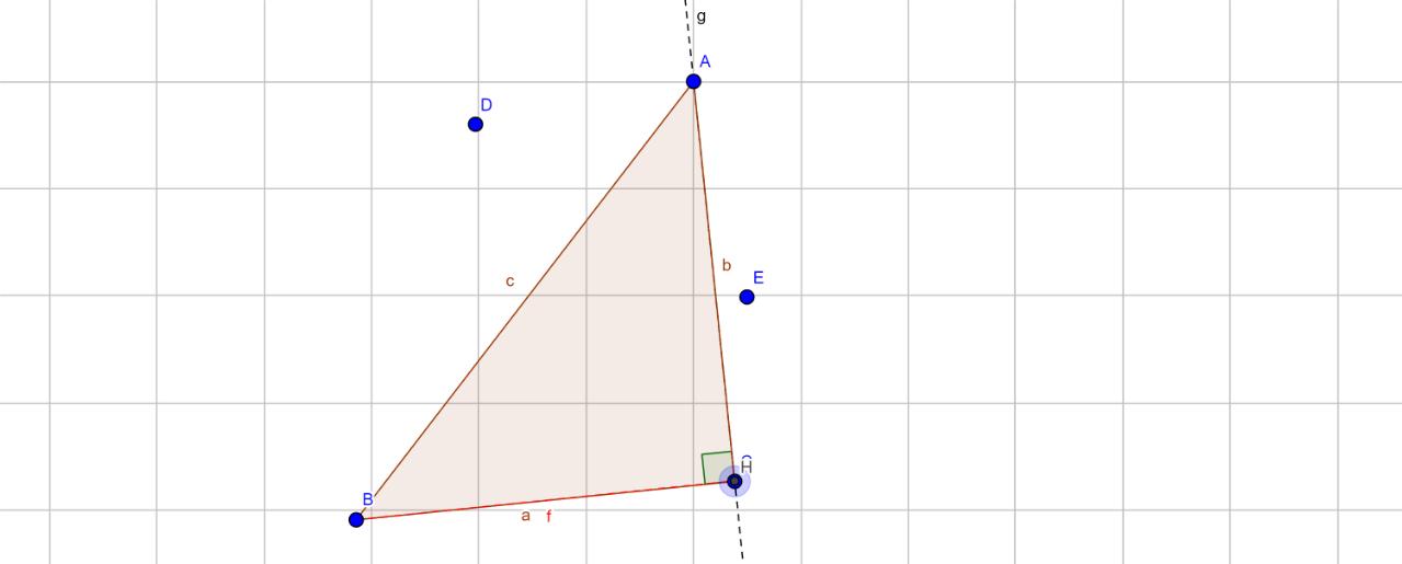 Les points C et H sont confondus et l'angle de sommet C est droit. Le triangle ABC est donc un triangle rectangle en en C.  On observe que la hauteur (f) issue deB est confondue avec le côté BC. Propriété: Dans un triangle rectangle, deux des hauteurs sont confondues avec les côtés du triangle formant l'angle droit.